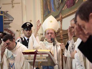Un momento della celebrazione della Madonna della Montagna a Polsi (foto Ansa)