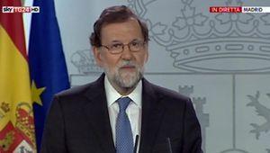 Rajoy scioglie il parlamento catalano.