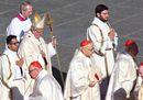 Il Papa canonizza 35 nuovi Santi a San Pietro. Le immagini più belle