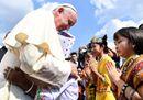 L'arrivo di papa Francesco in Myanmar