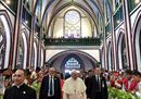 Pope Francis arrives15.jpg