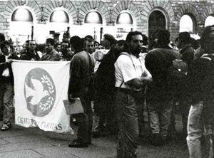 Una manifestazione di obiettori di coscienza al servizio militare della Caritas.