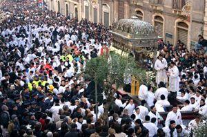 La processione delle reliquie di Sant'Agata che si svolge a Catania