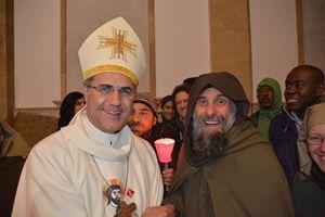 Mons. Corrado Lorefice con Biagio Conte