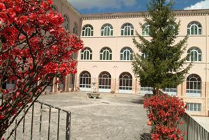 L'Alveare oggi visto dal Monastero di Santa Rita.