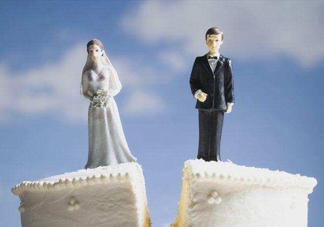 Come gestire uscire con un uomo che passa attraverso un divorzio