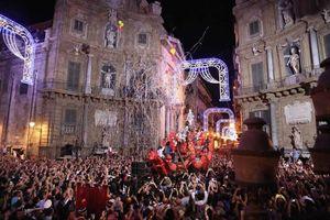 Un'immagine del Festino di Santa Rosalia a Palermo
