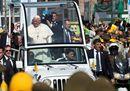 Pope Francis waves11.jpg