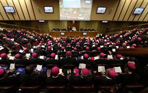Un'immagine della seduta inaugurale del Sinodo dei vescovi sui giovani. Tutte le foto di questo servizio sono dell'agenzia Reuters.