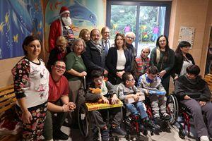 La consegna dei doni ai bambini della Fondazione Silvana Paolini Angelucci Onlus di Roma