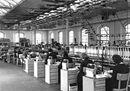 Linea di collaudo delle macchine per scrivere portatili Lettera 22 nello di stabilimento di Aglie_1958.jpg