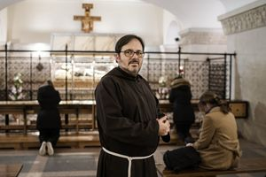 Padre Francesco Dileo (le foto di questo servizio sono di Roberto Salomone)