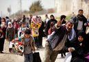 Siria, il drammatico esodo dei civili da Ghouta