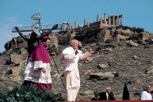 Papa Wojtyla ad Agrigento il 9 maggio 1983. Foto di Giancarlo Giuliani/Periodici San Paolo.