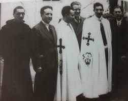 Gino Bartali con il mantello da terziario Carmelitano con il quale volle essere sepolto