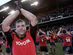 "Anthony Foley esultante al termine di un match del ""suo"" Munster (2006, foto Reuters)"