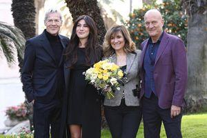Da sinistra, Claudio Baglioni, Virginia Raffaele, il direttore di Rai Uno, Teresa De Santis, e Claudio Bisio, durante la conferenza stampa di presentazione del 69esimo Festival di Sanremo (Ansa)