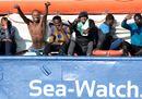 Migrants rest on7.jpg
