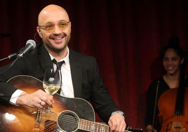 Amici Celebrities, la sorpresa Joe Bastianich: «Canto, suono e sono il figlio della cuoca dei Papi»
