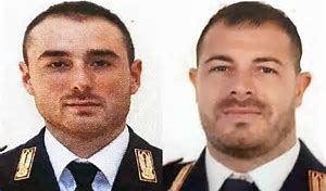 i due agenti uccisi, Matteo Demenego (sinistra) e Pierluigi Rotta