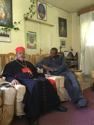 Il cardinale di Addis Abeba Berhaneyesus Demerew Souraphiel, 71 anni, con il segretario generale della Conferenza episcopale etiope Teshome Fikre