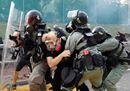 Torna la calma a Hong Kong, ma la protesta non si ferma