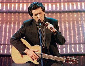 Toto Cutugno a Sanremo 1997 (Ansa)