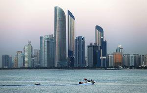 Una suggestiva veduta d'insieme di Abu Dhabi. Foto: Reuters.