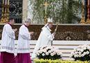 Pope Francis celebrates35.jpg