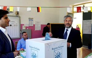 Caltanissetta, Roberto Gambino (M5S) al seggio