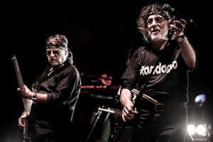 Patrick Djivas e Franz di Cioccio durante il tour partito da Bologna il 12 marzo. (credit: Orazio Truglio)