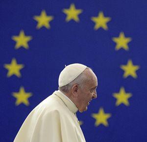 Papa Francesco in visita all'Europarlamento, il 25 novembre 2014.
