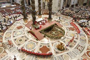 Foto Osservatore Romano/Vatican.va. In copertina: foto agenzia Ansa. In alto: foto agenzia Reuters.