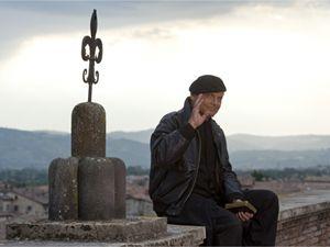 Terence Hill nei panni di don Matteo (foto Ansa)