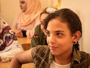 Vita a El Bared. Una giovane (foto di Andrea Tomasetto)