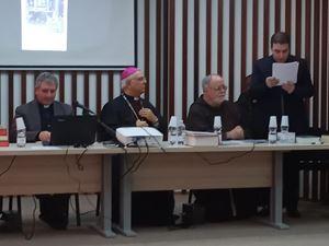 Monsignor Vincenzo Bertolone, 73 anni, durante la cerimonia di apertura del processo di beatificazione e canonizzazione di  Cassiodoto.
