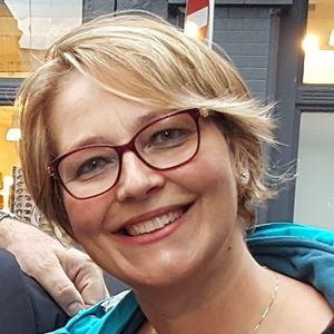 Emma Ciccarelli, 55 anni, vicepresidente nazionale del Forum delle associazioni familiari e  mamma di quattro figli