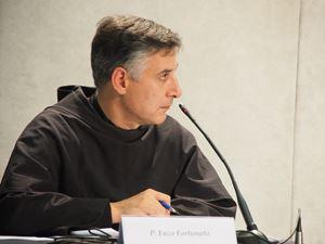 Padre Enzo Fortunato.