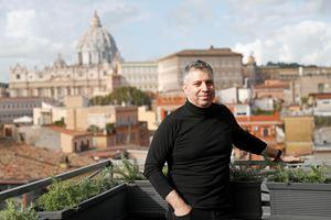 Il regista americano d'origine russa Evgeny Afineevsky, 48 anni. Foto Reuters.