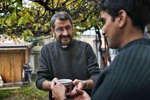 Don Marco Bove, 60 anni il 2 dicembre, milanese.