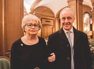 Maria Gabriella Carneri Moscatelli con il condirettore di Famiglia Cristiana Luciano Regolo.