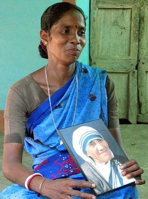 Monica Besra, oggi 56 anni, indiana del Bengala Occidentale. Foto Reuters.