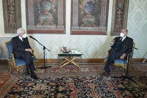 Il presidente del Censis Giuseppe de Rita con il capo dello Stato Sergio Mattarella in occasione della presentazione al Quirinale del 54esimo rapporto sullo stato del Paese.