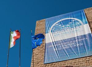 """Un'immagine di una delle sedi che ospitano i lavori dell'incontro """"Mediterraneo, frontiera di pace""""."""
