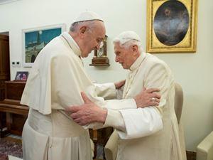 I due Papi. I falsi  storici sulle profezie di san Malachia e Anna Katharina Emmerick (foto Reuters)