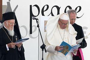 Papa Francesco a Bari, il 7 luglio 2018. Foto Ansa.