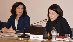 Paola Scaglione (a sinistra), saggista e biografa di Eugenio Corti, e Simona Mercantini, docente presso l'Università Nazionale Vasyl' Karazin di Charkiv (Ucraina)