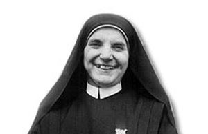 La venerabile madre Tecla (al secolo: Maria Teresa Merlo), nata a Castagnito (Cuneo) il 20 febbraio 1894 e morta ad Albano Laziale (Roma), il 5 febbraio 1964.
