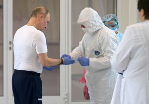 Putin si prepara a entrare nel reparto dei malati di Coronavirus