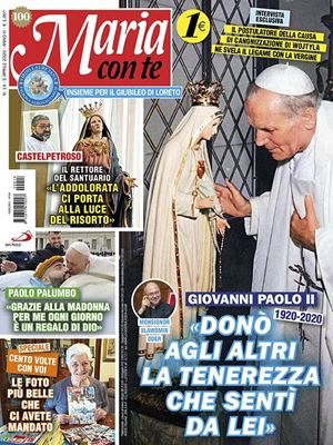 La copertina di Maria con te. In alto e in copertina: Giovanni Paolo II prega davanti alla statua della Vergine, nel 1984. Foto Giancarlo Giuliani /CPP.